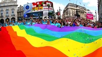 83987-640x360-pride-london-flag-640.jpg