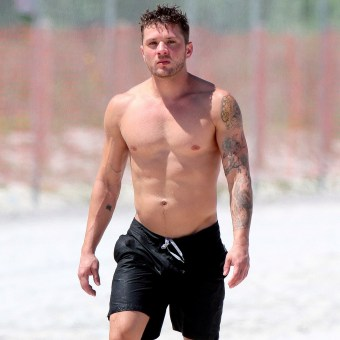 Ryan-Phillippe-Shirtless-Pictures.jpg