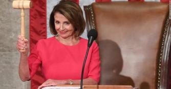 190103141212-nancy-pelosi-democrata-presidenta-defender-migrantes-dreamers-trump-muro-salarios-sot-00000000-super-tease_625x327.jpg