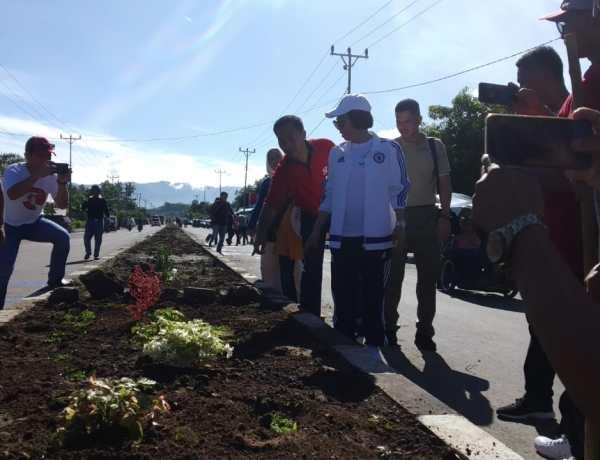 Jalan Ibu Kota Bolmong Dipercantik