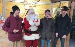je crois que le Père Noël aime JUL