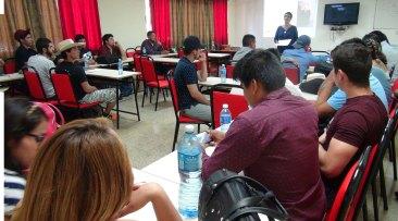 colectivo en aulas
