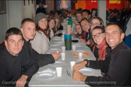 Jóvenes de Estados Unidos de visita a nuestro seminario