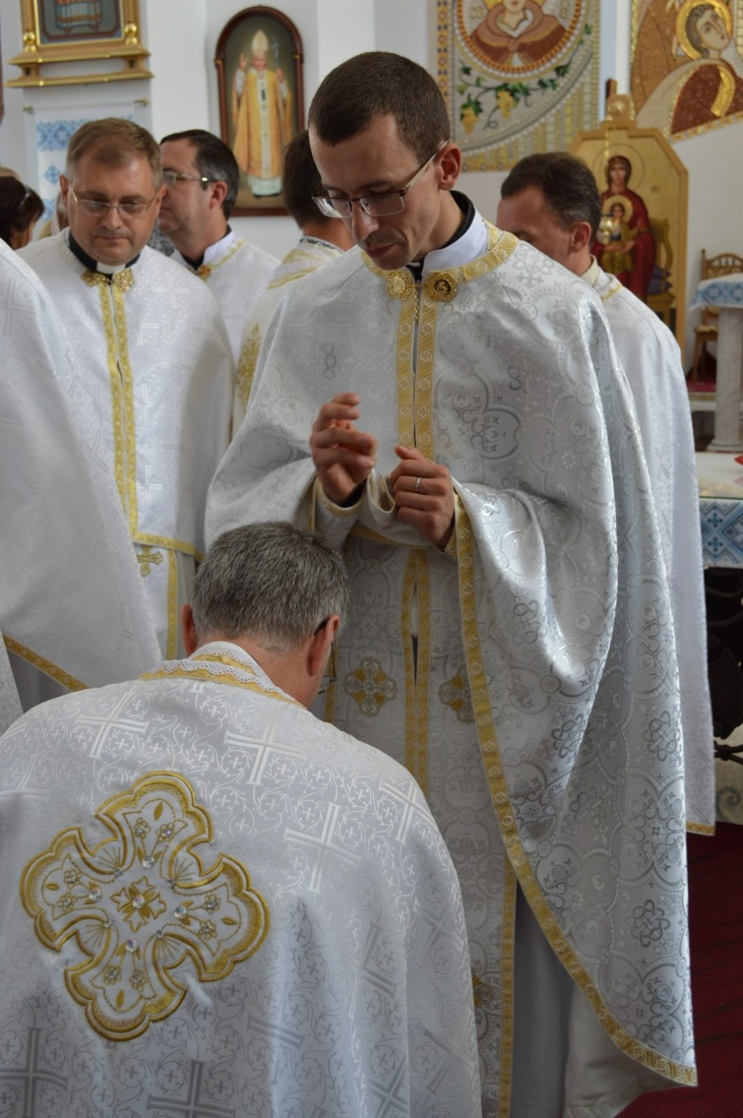 Institute of the Incarnate Word: Priest and Deacon ordinations in Ukraine