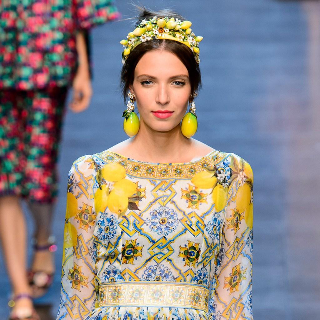 11 prendas para usar el print del verano: ¡limones!