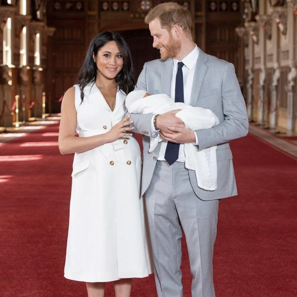 Meghan y Harry cambiaron el protocolo al presentar a #BabySussex