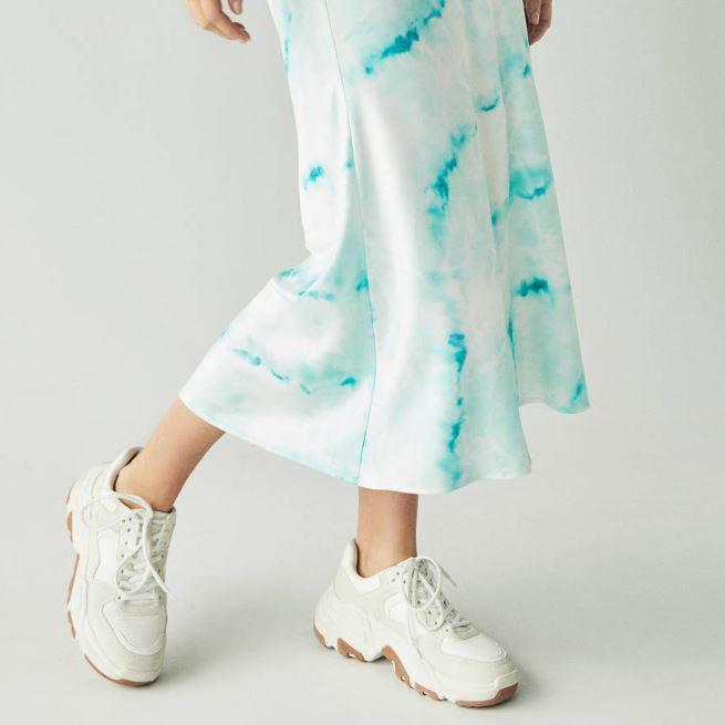 Esta es la falda que está desbancando a la de leopard print
