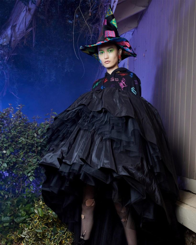 Moschino le dio el toque fashion a tus películas favoritas de terror