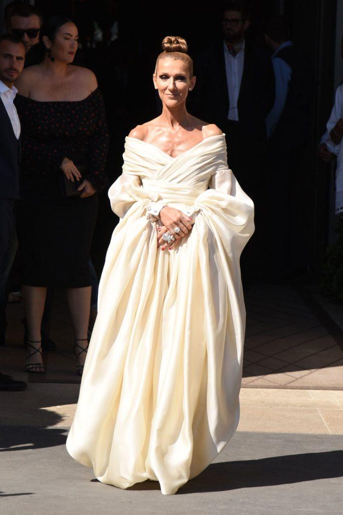 Céline Dion es la reina del Haute Couture en París y sus looks diarios lo confirman