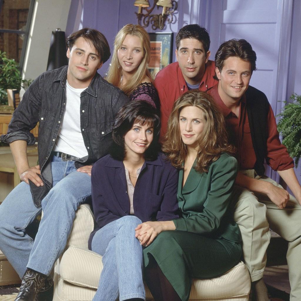 Celebra los 25 años de Friends en la Warner House de México
