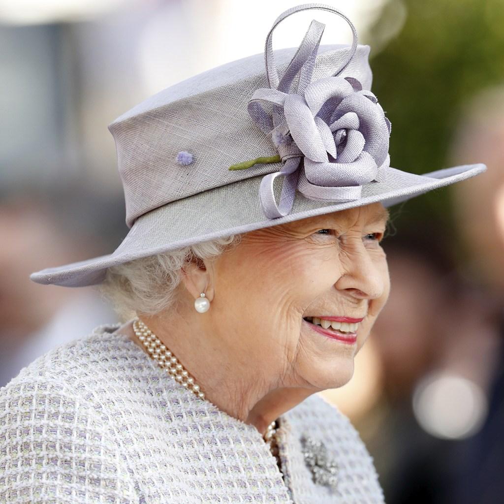 Las joyas de la reina Isabel se limpian con este ingrediente secreto