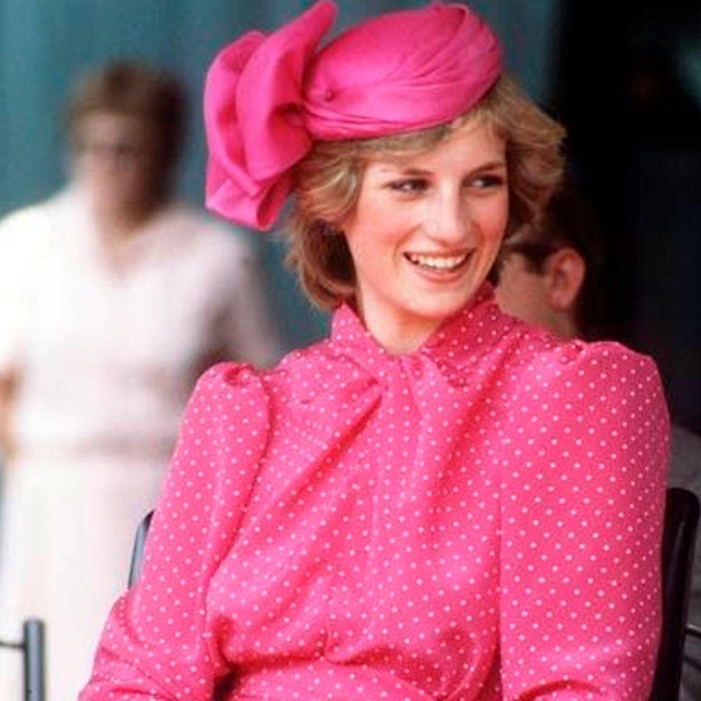 The Crown recreó todos los momentos (y looks) más icónicos de Lady Di