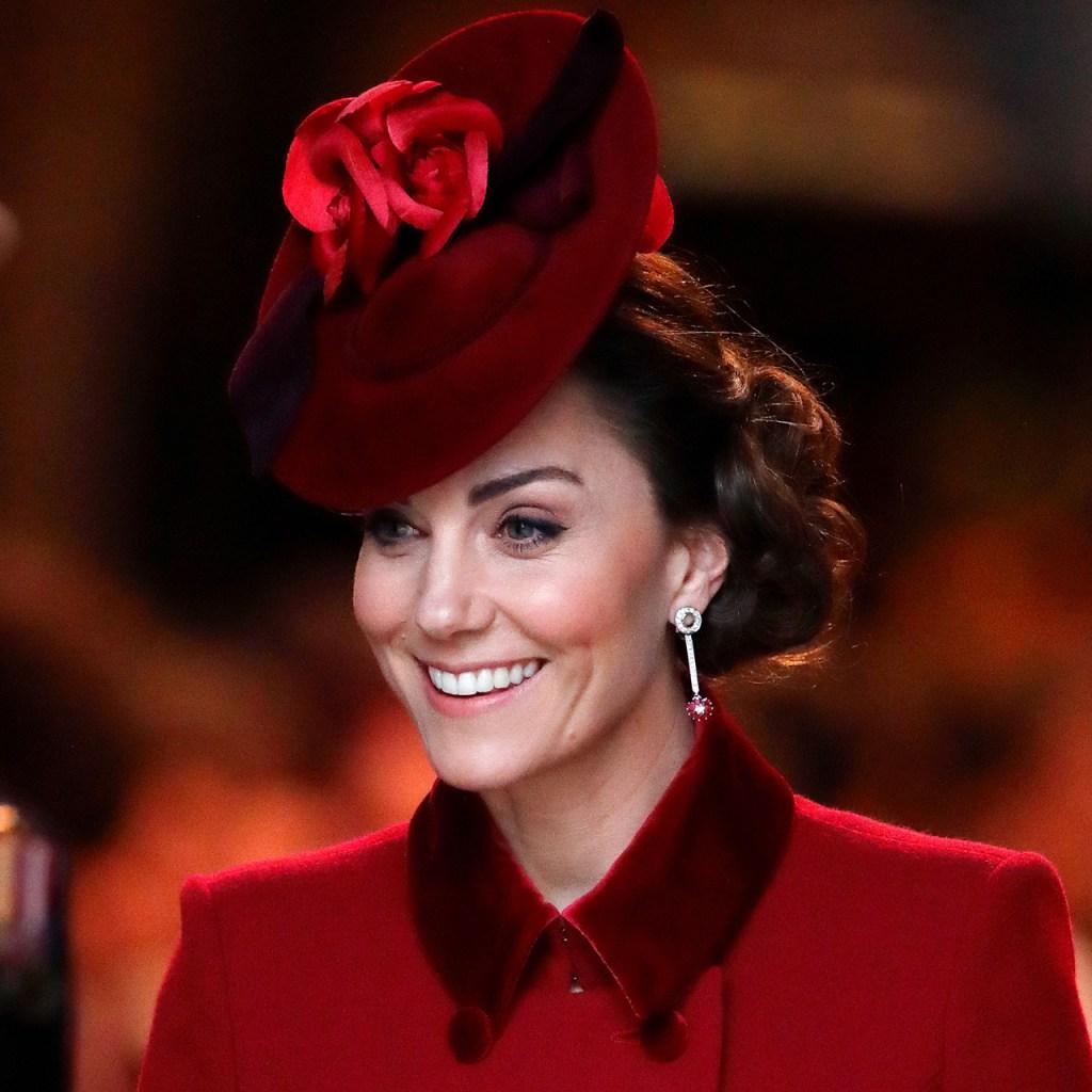 Kate Middleton publica una foto nunca antes vista con Charlotte y George