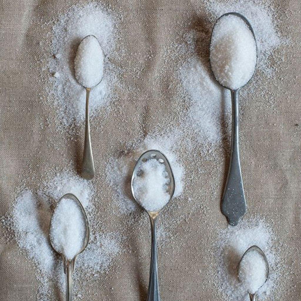 ¿Porqué el azúcar refinada nos hace daño a nosotros y al planeta?