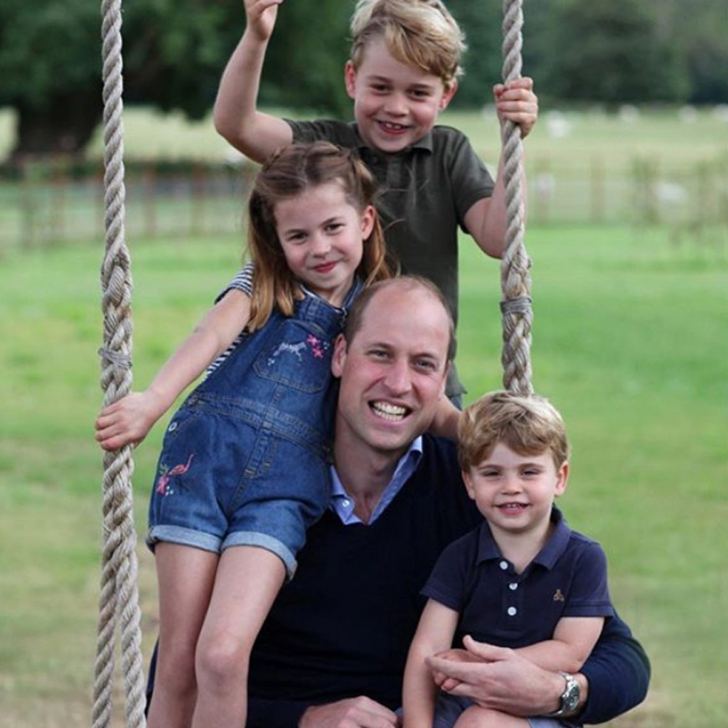 Kensington Palace publicó tres adorables fotos del príncipe William y sus hijos