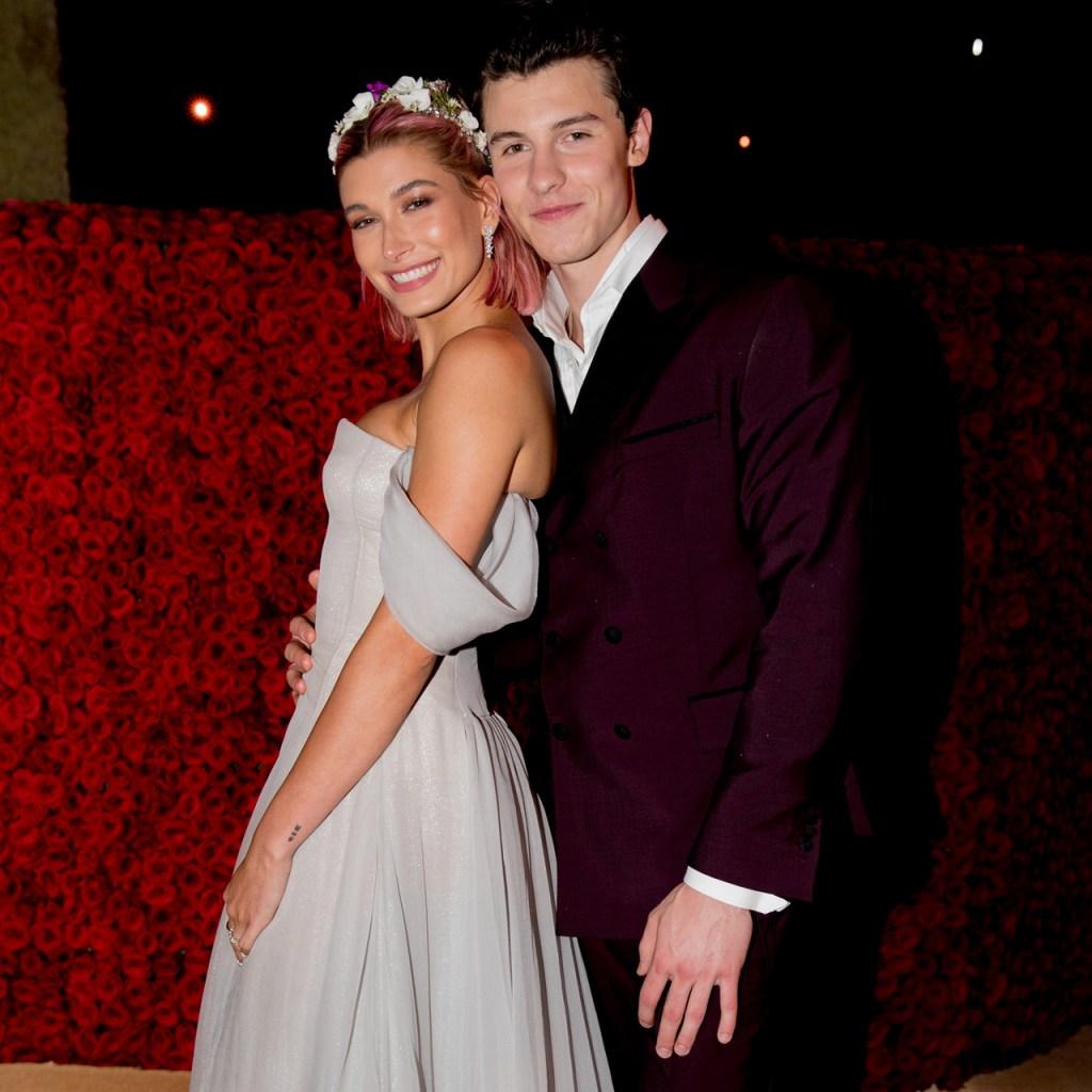 Justin y Hailey Bieber se reúnen con Shawn Mendes