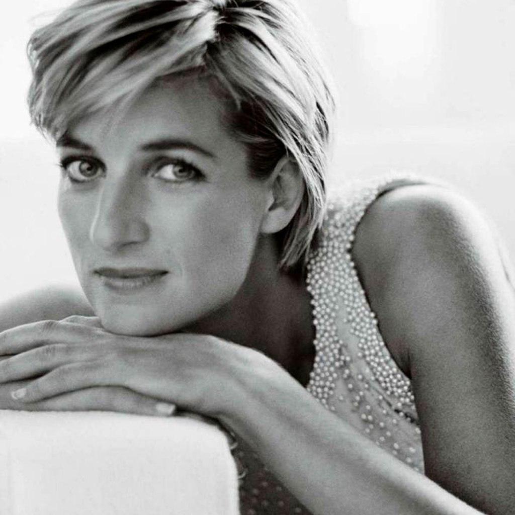 Cartas nunca antes vistas de la Princesa Diana serán puestas en subasta