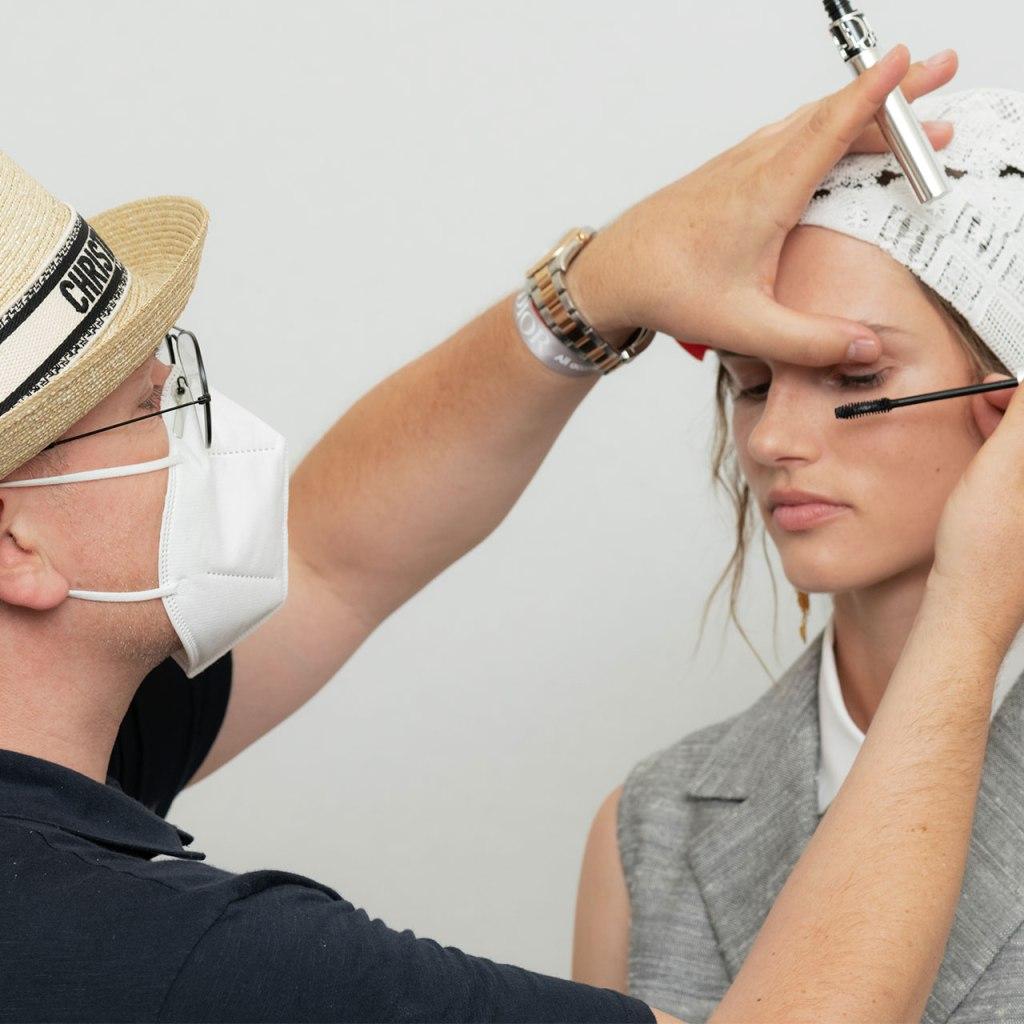 ¿Cuál es el futuro del backstage y los makeup artists?