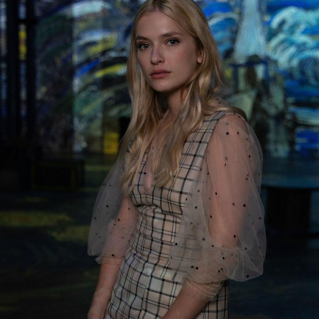 Camille es el personaje más cool de 'Emily in Paris' y deberíamos hablar de ello: