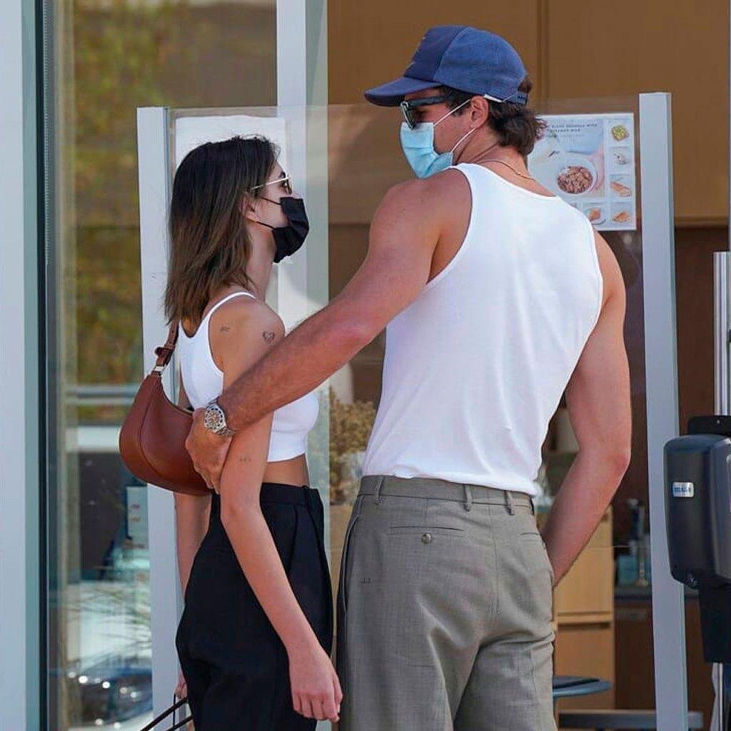Kaia y Jacob coordinaron sus looks para su date en Malibu