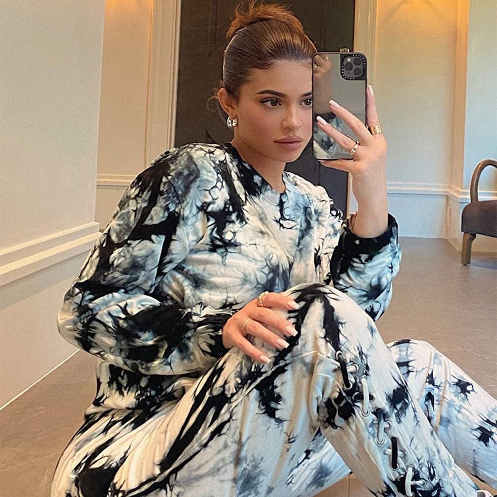 Kendall + Kylie sacan una colaboración con The Drop en Amazon