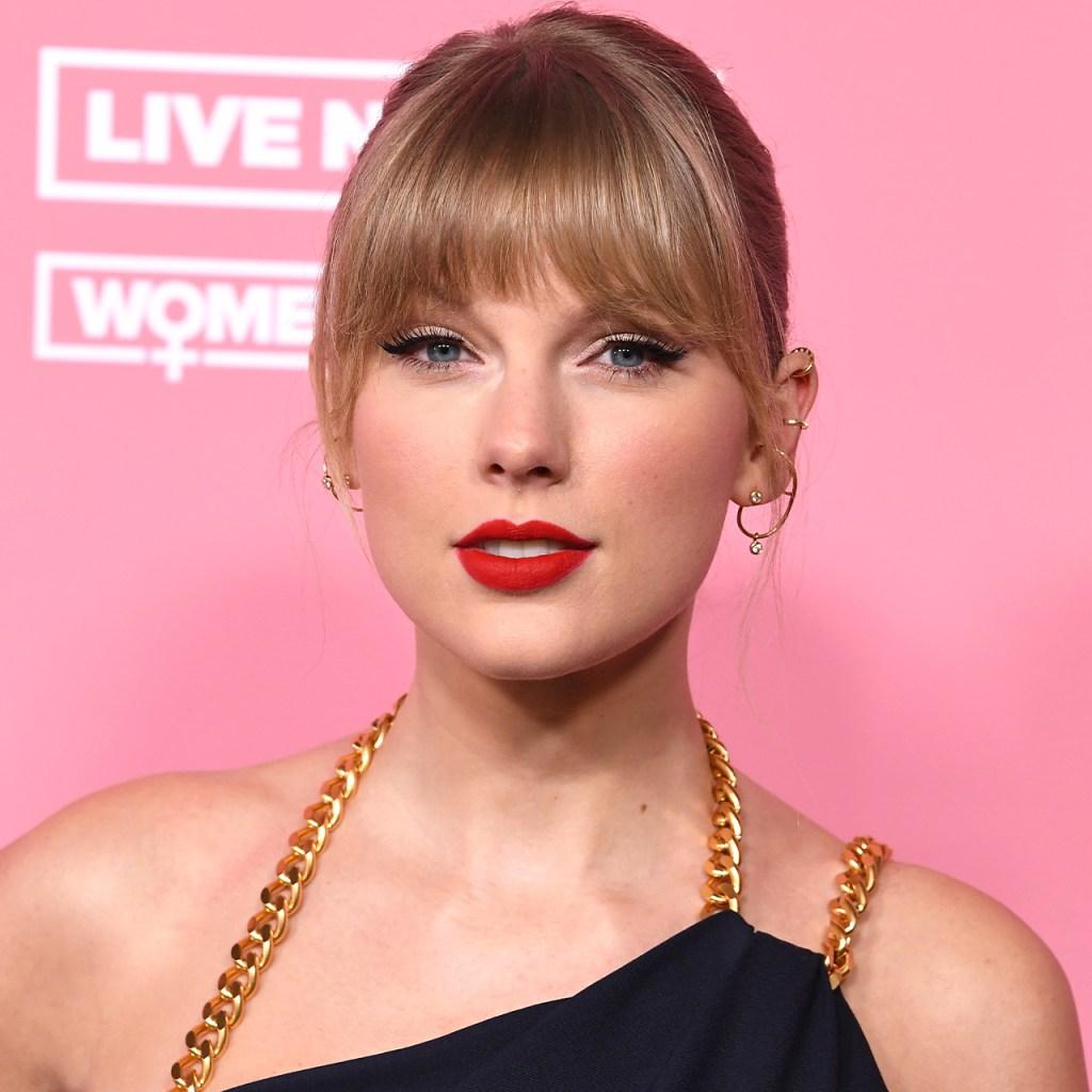 """El nuevo video de """"The Best Day"""" de Taylor Swift es lo más cute que verás hoy"""