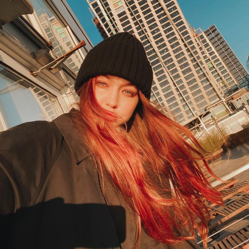 El rojo es el tono de pelo protagonista del verano. Dua Lipa y Gigi Hadid confirman