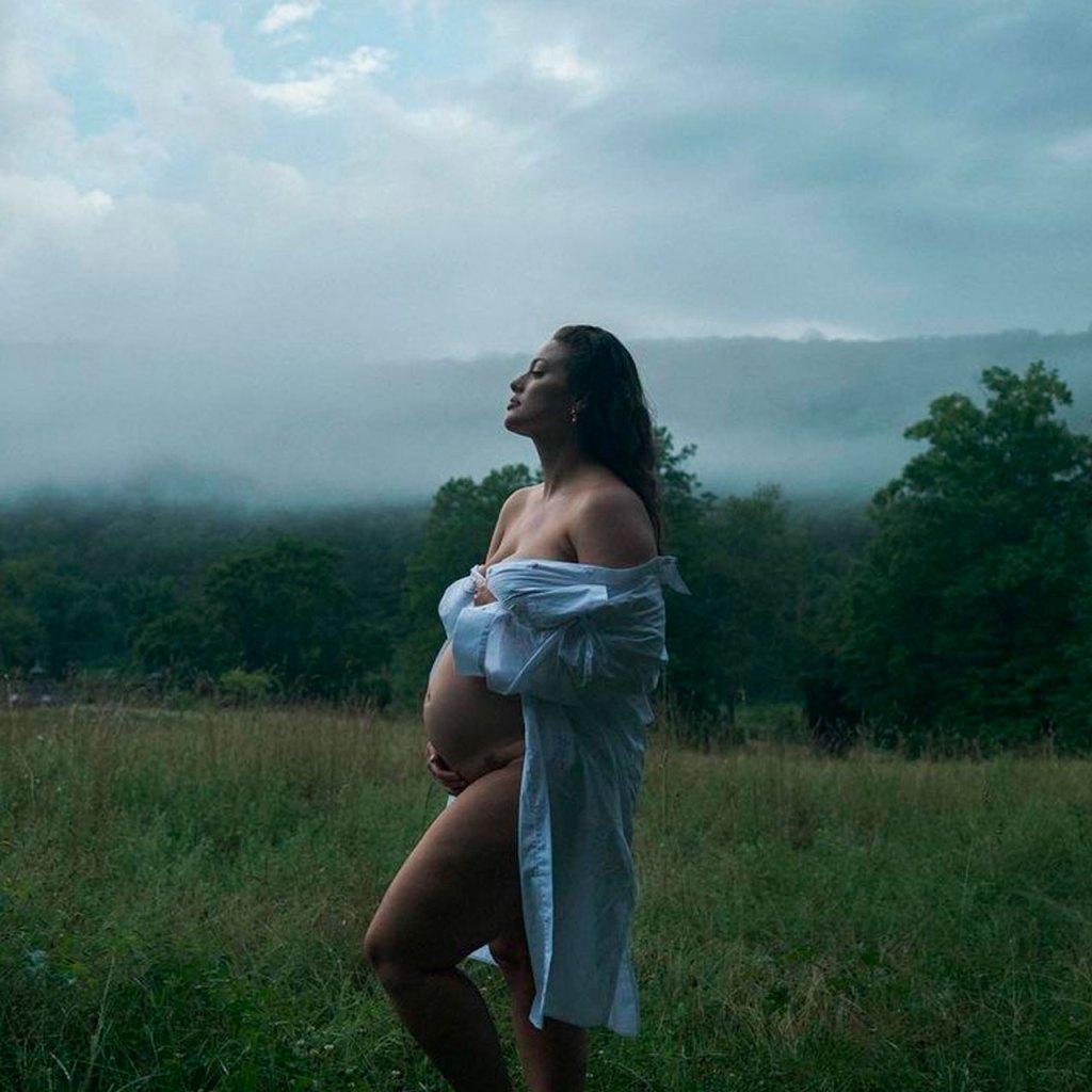 Ashley Graham acaba de anunciar que está embarazada de la forma más cute