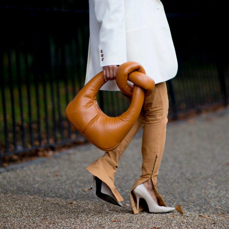 Los mejores looks que vimos en las calles durante London Fashion Week