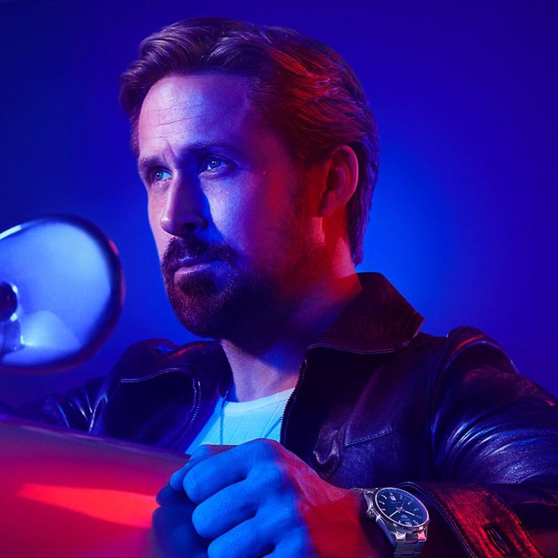 Ryan Gosling es la nueva imagen de TAG Heuer… y nos encanta