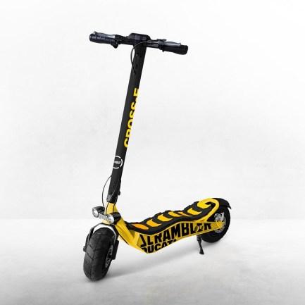 Scrambler cross e ducati electric scooter