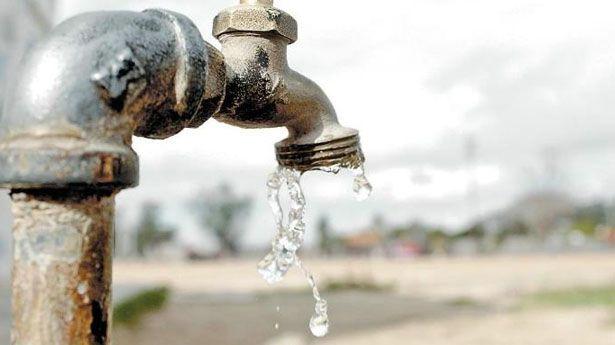 Afecta falta de agua a miles de familias en Naucalpan