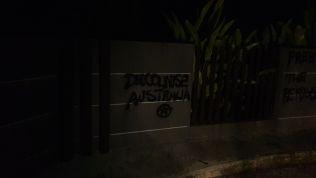 aust-4