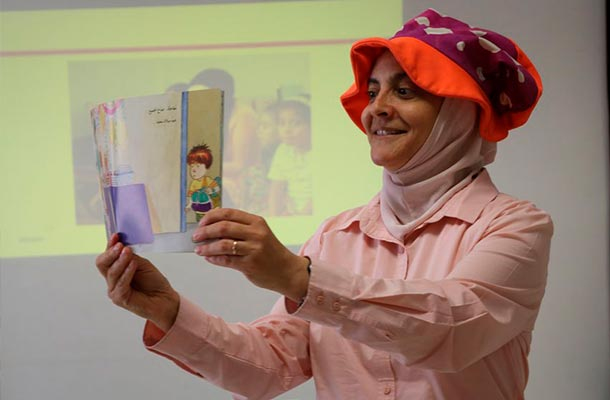 Encouraging reading in Jordan