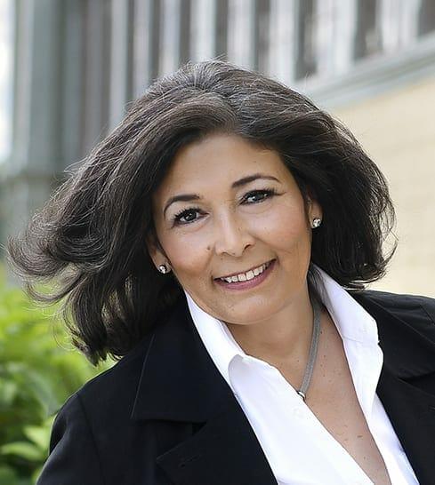 Alexandra Salamis - executive leadership coach