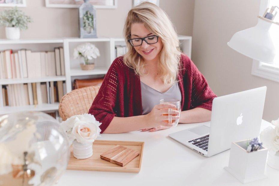 Trabalhar em casa com negócio online