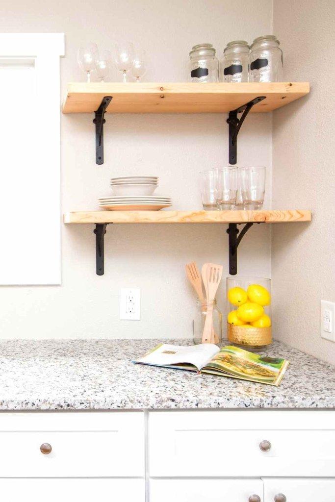 decoração de cozinha com prateleiras 5
