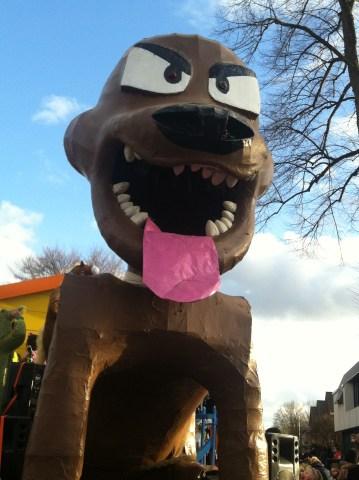 IMG_2466 Carnaval Wijchen Fout = Vals Mad dog