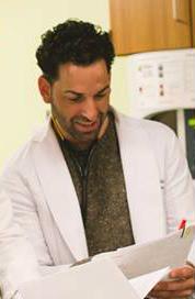 Dr Nadav Fields DO