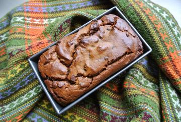gluten-free-chocolate-chip-pumpkin-bread
