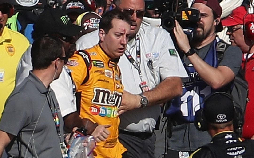 Kyle Busch and Joey Logano fight in Las Vegas