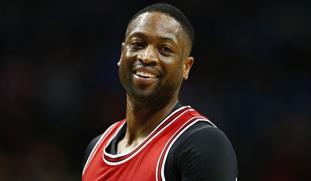 Dwyane Wade responds to heckler with '3 rings'
