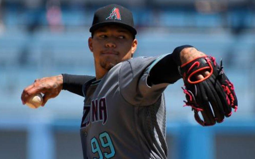 Taijuan Walker tosses five strong innings vs. Dodgers