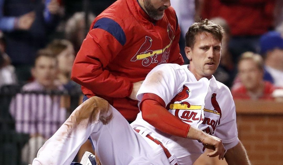 Cardinals' Stephen Piscotty exits game after hit three times around the bases