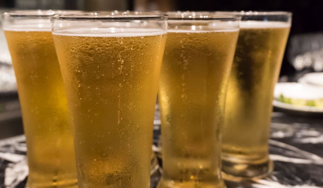 Ducey signs Arizona bill to loosen liquor laws
