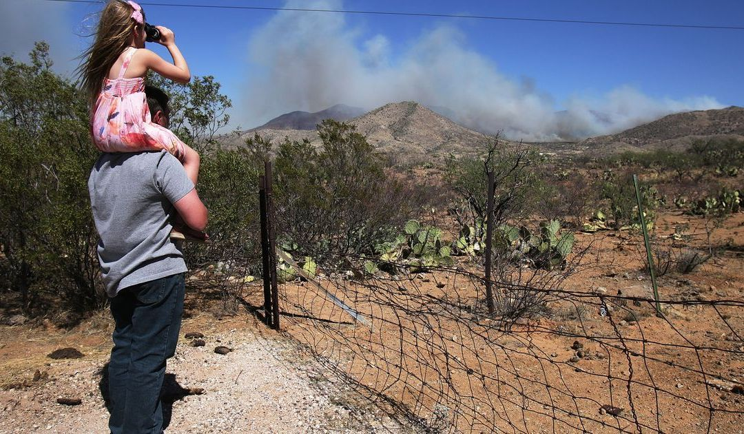 Mulberry Fire forces evacuation south of Tucson