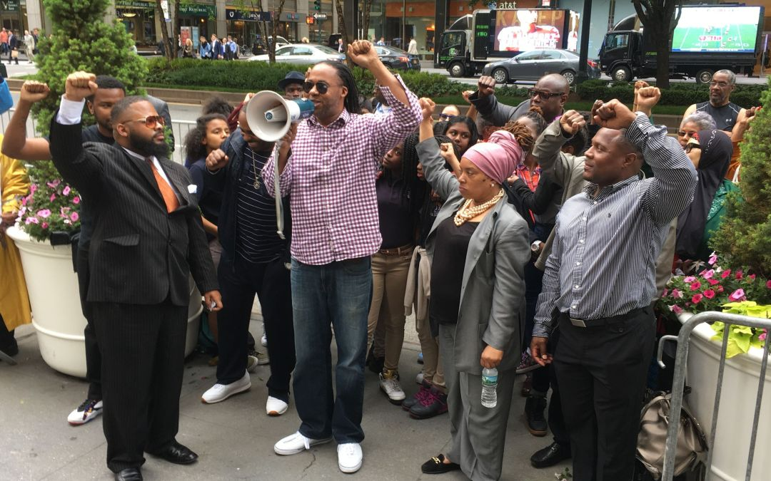 Colin Kaepernick supporters gather in New York for 'show of solidarity'