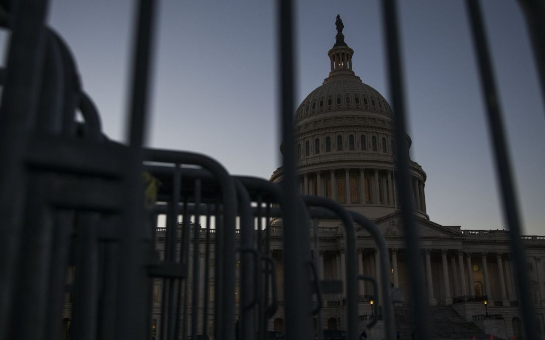 Arizona delegation divided like rest of Congress as shutdown arrived