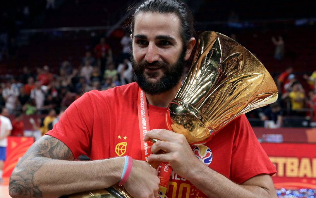 Ricky Rubio brings love for mom, FIBA World Cup gold to Phoenix Suns
