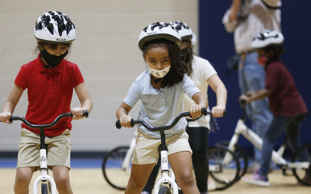 2 Tempe elementary schools teach students how to ride a bicycle